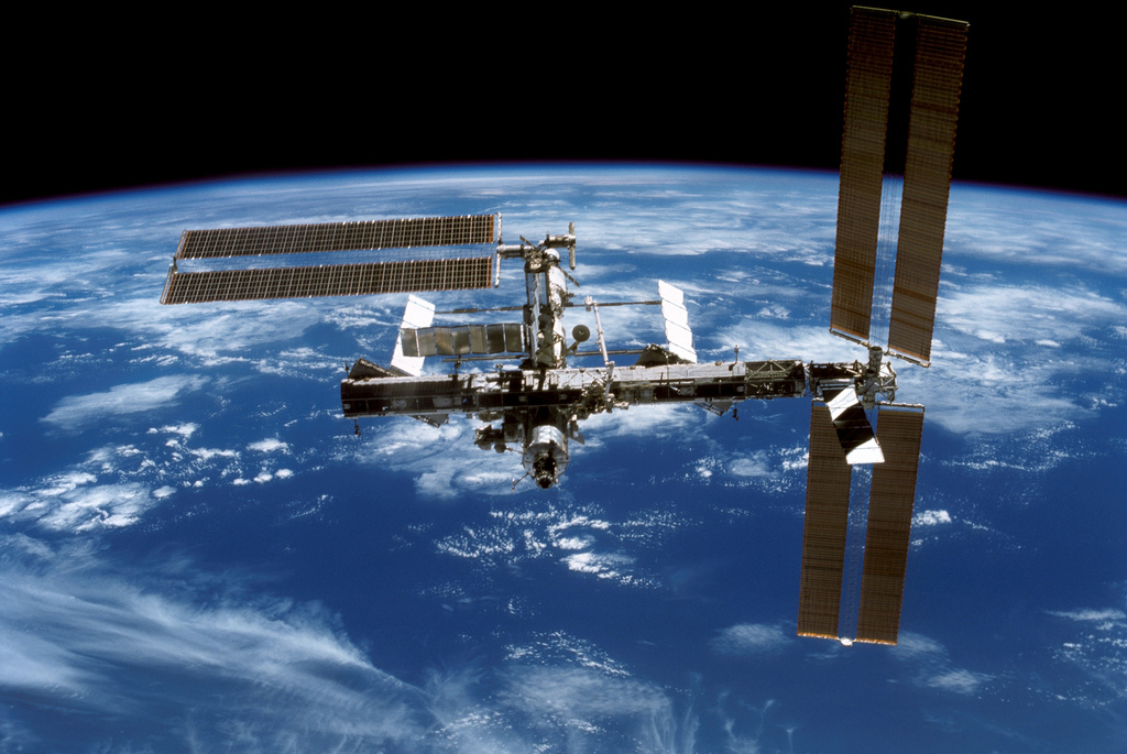 Space station air leak: someone drilled the hole, say Russians
